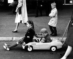 By Ruth Orkin - kids culture -New York, 1964.