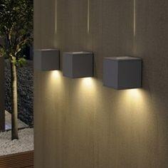 Design wandlamp BREM - Boven streep, onder groot licht
