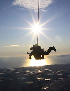 (Skydive Coastal CA): Find out if they have a jump w/ oxygen for repeat jumpers. AM: Jump outta a plane PM: Shake it off at Camarillo Outlets Tandem Jump, Diving Lessons, California Baby, Adventure Bucket List, Ventura County, Weekends Away, Skydiving, Greatest Adventure, Pura Vida