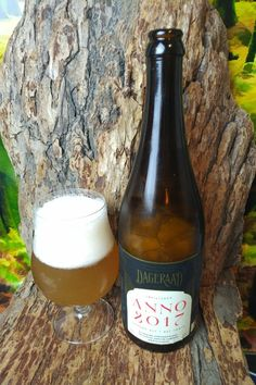 """From Dageraad Brewing in Burnaby comes their """"Anno 2017"""" a bottle conditioned Strong Golden Ale Okanagan pears and Brettanomyces. For the full review click on the link below.    https://wp.me/p2vssO-eBA"""