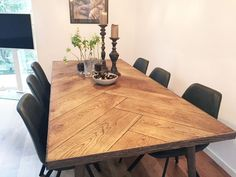 99 Best Dining Room Table Decor Ideas - - - Decorating a dining room table is not as difficult as you may think it is. Although there are some people who may spend thousands of dollars just deco. Dinner Tables Furniture, Dining Room Table Decor, Decoration Table, Dining Room Design, Dining Room Furniture, Room Chairs, Dining Set, Furniture Sets, Room Decor