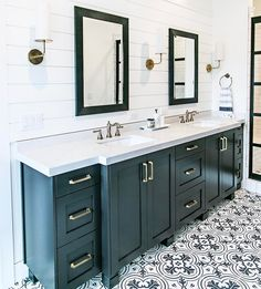 "231 Likes, 6 Comments - Sita Montgomery (@sitamontgomeryinteriors) on Instagram: ""Because shiplap, and patterned tile is a winning combination! #sitamontgomeryinteriors #masterbath…"""
