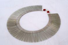 Manuela Sousa  / colar / aço, algodão, prata / 2011 / Ø240mm