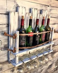 Wine Rack Under Cabinet Mount Wood Hanging Wine Rack, Wine Rack Wall, Decoration Palette, Wine Rack Design, Rustic Wine Racks, Pallet Wine Racks, Unique Wine Racks, Wooden Pallet Projects, Bars For Home