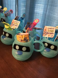 "Puppy dog pals ""arf"" party favor cups"