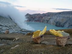 Sonnenaufgang am Mount Ijen – Bergpur Bali, Mountains, Nature, Taxi Driver, Amazing Places To Visit, Indonesia, Sunrise, Waterfall, Temples
