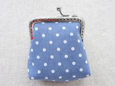 Sewing a Charming Mini Purse with a Clasp. Coin Purse Pattern, Coin Purse Tutorial, Wallet Tutorial, Wallet Pattern, Tote Pattern, Diy Tutorial, Tutorial Sewing, Pattern Fabric, Small Coin Purse