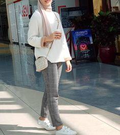 Trendy Clothes For Women Winter Stylists 29 Ideas Islamic Fashion, Muslim Fashion, Hijab Fashion, Fashion Fashion, Fashion Ideas, Fashion Outfits, Modest Outfits, Classy Outfits, Trendy Outfits