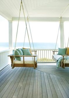 A swing on the porch is the perfect meditation you need to be creative and at peace.  #settings #porchswing