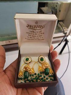 Ethnic Jewelry, Gold Jewellery, Indian Jewelry, Jewelery, Designer Jewellery, Jewelry Design, Gold Pendant, Pendant Jewelry, Ear Chain