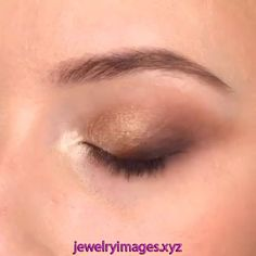 For more make-up tips just visit our cutie-pie website babes! Makeup Inspo, Makeup Tips, Beauty Makeup, Face Makeup, Latest Makeup Trends, Make Up Inspiration, Old Makeup, Green Makeup, Make Up Looks