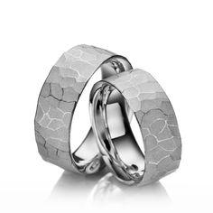 Eheringe Safari, Silber 925/- Breite: 8,50 - Höhe: 2,50. Alle Eheringe können Sie individuell nach Ihren Wünschen konfigurieren.