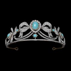Chaumet turquoise tiara minus the amethysts of the previous pin. Royal Crowns, Royal Tiaras, Tiaras And Crowns, Head Jewelry, Royal Jewelry, Luxury Jewelry, Silver Jewellery, Fine Jewelry, Poltimore Tiara