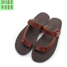 Free shipping Male toe-covering 2013 summer slippers personalized slippers sandals tidal current male flip-flop slippers $27.99