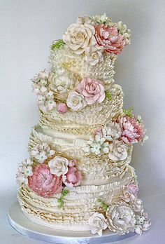 Over-the-top wedding cake! Gorgeous Wedding Cakes | Calligraphy by Jennifer