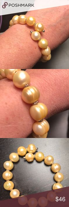 Beautiful vintage fresh water pearls bracelet Adjustable,good condition vintage Jewelry Bracelets