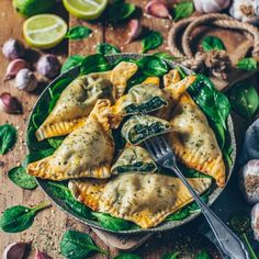 Vegan dumplings stuffed with spinach and cashew ricotta – Bianca Zapatka