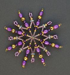 Hvězda z korálků fialová