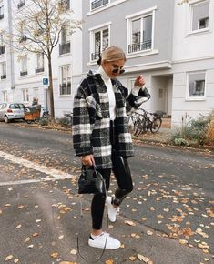 trendy winter outfits to help to level up your winter style 1 Trendy Fall Outfits, Casual Winter Outfits, Winter Fashion Outfits, Look Fashion, Cool Outfits, Winter Ootd, Summer Outfits, Fashion Clothes, Fashion Women