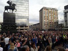 Ниш: Биће још протеста, сутра од 10ч кад дође Михајловић - http://www.vaseljenska.com/wp-content/uploads/2018/04/4443541025ac27e90eedaf834391437_v4_big.jpg  - http://www.vaseljenska.com/drustvo/nis-bice-jos-protesta-sutra-od-10h-kad-dodje-mihajlovic/
