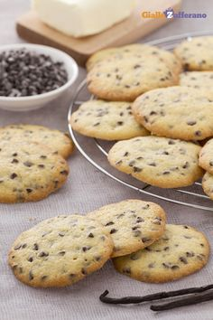 I famosi #cookies (chocolate chip cookies) non possono mancare per il #Thanksgivingday! #thanksgiving http://speciali.giallozafferano.it/buon-appetito-america