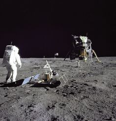 Buzz Aldrin beside the Apollo 11 seismometer. Use the next diagram to identify its components. (Image credit: Neil Armstrong/NASA)