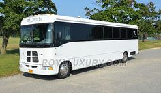 VIP Lounge Party Bus - New York and New Jersey limo bus rental service for weddings, proms and birthdays around Long Island