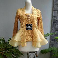 Kebaya Peplum, Kebaya Lace, Kebaya Brokat, Dress Brokat, Batik Kebaya, Batik Fashion, Abaya Fashion, Fashion Dresses, Women's Fashion