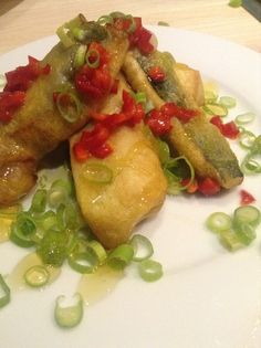 Zucchini im Backteig mit Löwenzahnhonig.