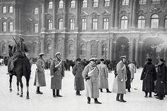 «Реформы в России были даны под дулом револьвера» - http://russiatoday.eu/reformy-v-rossii-byli-dany-pod-dulom-revolvera/ Первая русская революция началась 110 лет назад. Она продолжалась два года до 1907-го и привела к большим социально-политическим изменениям в Российской империи: прекращению в