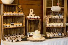 Rustic Cupcake Display // An Everal Barn and Homestead Wedding // Westerville, Ohio // www.marissae.com