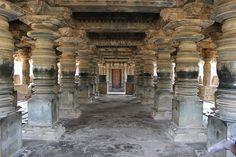 INDIA - Large open mantapa with lathe turned pillars in the Nagareshvara temple at Bankapura - Nagareshvara Temple, Bankapura