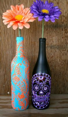 Wine bottle vase Gerbera Henna decoration yellow blue