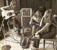 Steve Gaines, Artimus Pyle And Ronnie Van Zant  - The Lynyrd Skynyrd Band In The Studio For Street Survivors