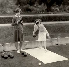 Myrna Loy x Lawn bowls x Outfit inspiration