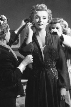 Marilyn Monroe on the set of Don't Bother to Knock, 1952.