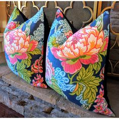 thibaut honshu floral pillow // bright and cheery pillows // chinoiser – Wheaton Whaley Designs Floral Print Design, Fabric Design, Floral Prints, Design Design, Plywood Furniture, Hollywood Regency, Kitsch, Pillow Room, Pillow Talk