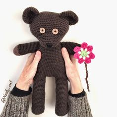 Mr Bean Teddy - 100% wool - 3 mm hook - Pattern by Andrea Gaida.