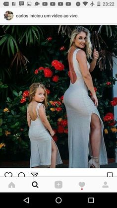 Eu e a minha mãe nas roupas Mother Daughter Matching Outfits, Mother Daughter Fashion, Mom Daughter, Mother Daughters, Twin Outfits, Mommy And Me Outfits, Girl Outfits, Wedding Dresses Pinterest, Runway Models
