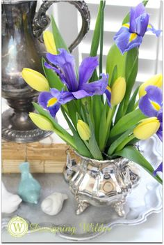 Terry at Designing Wilder shows us a clever flower arranging trick--a must try!