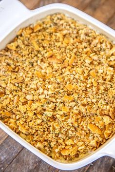 Million Dollar Chicken Casserole - This is our go-to chicken casserole! SO easy to make and tastes like a million bucks! Chicken, cream cheese, cottage cheese, sour cream, onion, garlic, cream of chicken soup, topped with crushed Ritz crackers and butter. Can make this casserole in advance and refrigerate or freeze for later. #chicken #casserole #chickencasserole #ritzcracker Best Chicken Casserole, Easy Casserole Recipes, Casserole Dishes, Million Dollar Chicken, Baked Chicken Recipes, Chicken Meals, Chicken Broccoli, Lemon Chicken, Chicken Salad