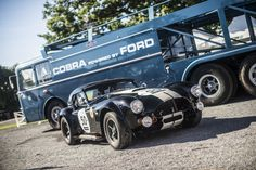 WEBSTA @ classicdriver - It's not often a racing transporter outshines its cargo. Ford Shelby Cobra, Shelby Car, Shelby Gt350r, Shelby Mustang, Mustang Boss, Ford Mustang, Bmw Z3, Nascar, Old Muscle Cars