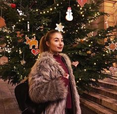 Karácsonyi hangulat Chanel, Youtube, Outfits, Outfit, Clothes, Clothing, Style, Youtube Movies, Giyim