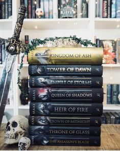 Sarah J Maas Blue Things blue is the warmest color english subtitles Book Club Books, Book Nerd, Books To Read, My Books, Book Series, Throne Of Glass Books, Throne Of Glass Series, Throne Of Glass Quotes, Queen Of Shadows