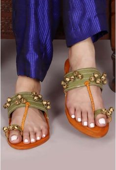 189080b74a1 Genuine Leather   Ghungroo Kolhapuri Chappal-Buy Ghungroo kolhapuri Chappal  for Women Online at Tjori