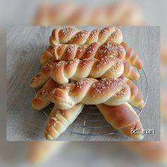 Tejes kiflik – Betty hobbi konyhája Ciabatta, Tuna, Bakery, Fish, Meat, Breakfast, Ethnic Recipes, Recipes, Morning Coffee