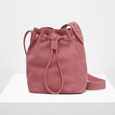 sac seau Lou cuir – Yvonne Yvonne Hand Bags, Bucket Bag, Fashion, Calf Leather, Moda, Fashion Styles, Handbags, Purse, Women's Handbags