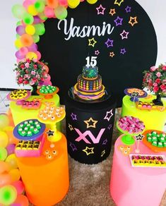 15th Birthday Party Ideas, 21st Birthday, Birthday Parties, Birthday Cards, Neon Party, Is 11, Baby Shower Cakes, Glow, Desserts