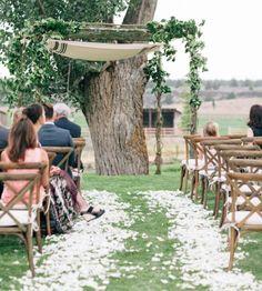 Wedding ceremony idea; Featured Photographer: Josselyn Peterson
