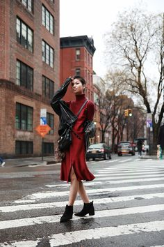 #Monochromatic Red #Streetstyle #NYFW / FOREVERVANNY.com